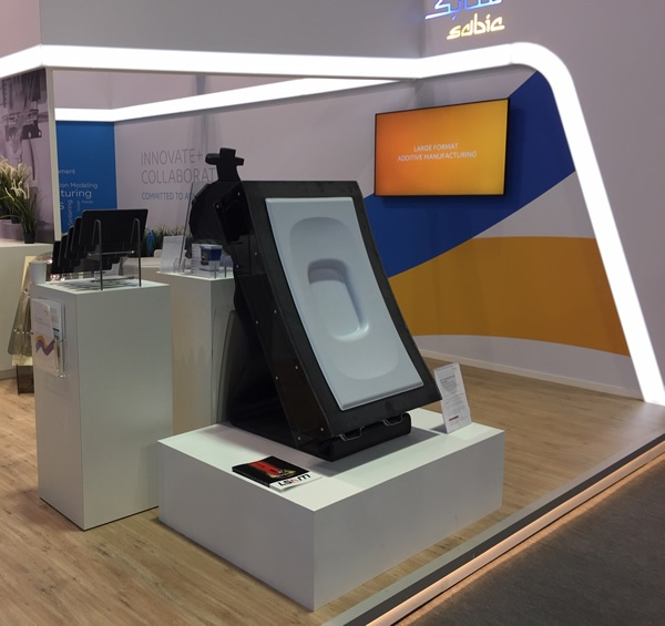 Tool made on Thermwood LSAM displayed in SABIC booth at Formnext 2018